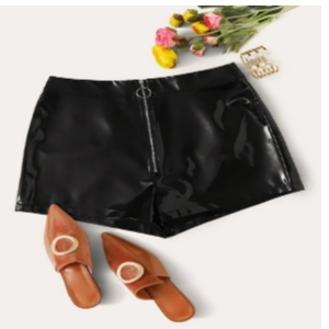 Get Upto 57% Off On Women's Shorts